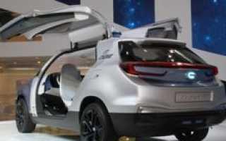 Китайцы создали уникальный автомобиль-аквариум