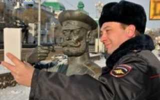 В Омске гражданам предлагают фотографироваться с полицейскими