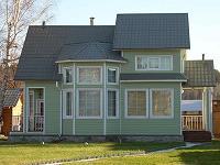 Дом с цокольным сайдингом