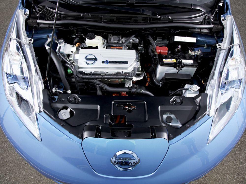 Nissan Leaf двигатель