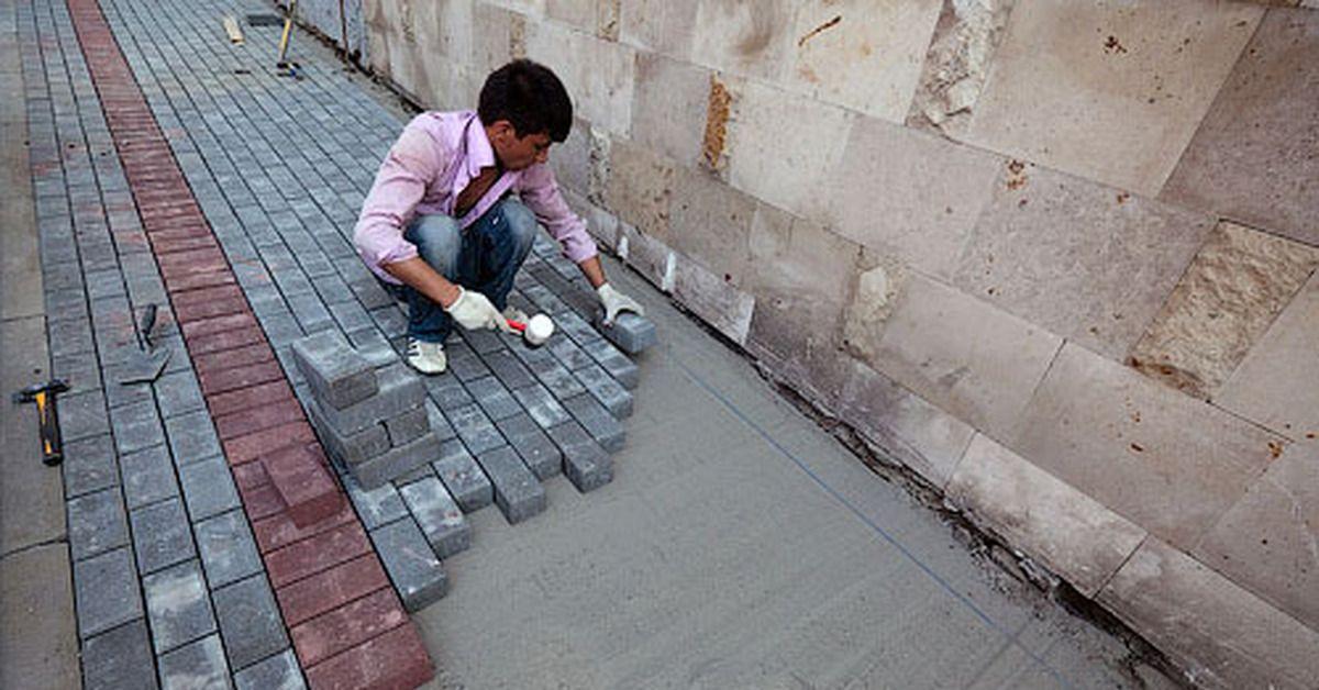 Замена асфальтового покрытия на тротуарную плитку
