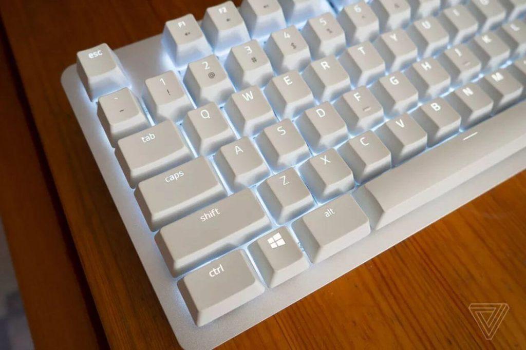Razer клавиатура