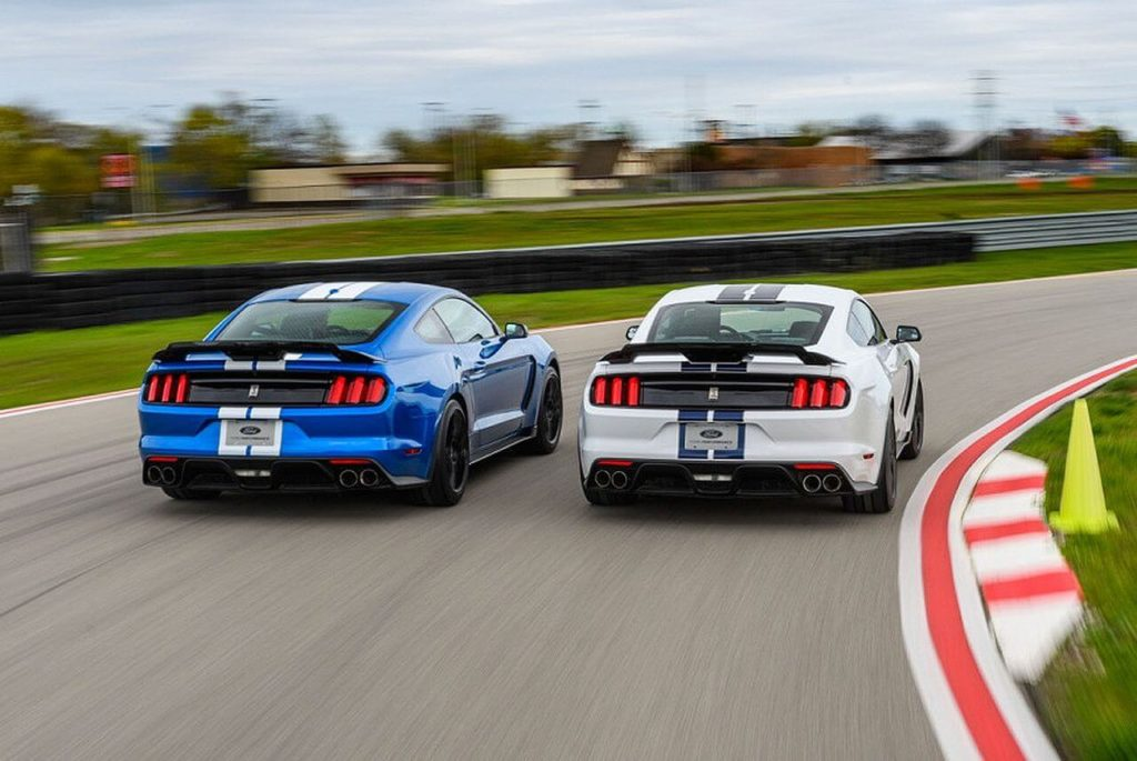 Ford Mustang Shelby GT350 и GT350R